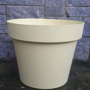 fibreglass flower pot yellow.jpeg