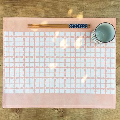 Grid Table Mat - Peach