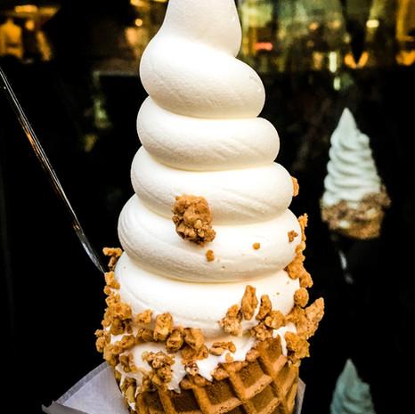 Soft Serve Vanilla Ice Cream from Croquantchou Zakuzaku Tokyo