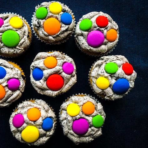 Homemade Puppy Paw Print Cupcakes