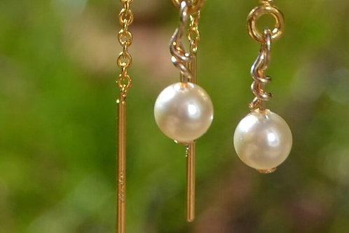 Gold pearl thread earrings