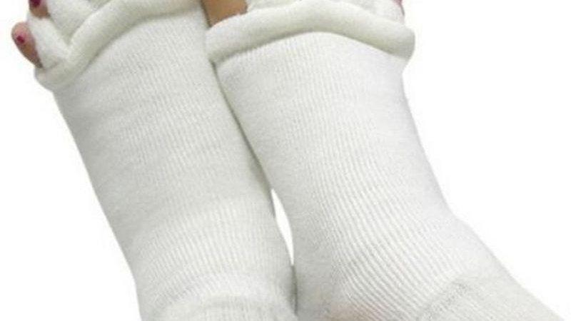 1 Pair Massage Open Five Toe Separator Socks Pain Relief Hot Socks