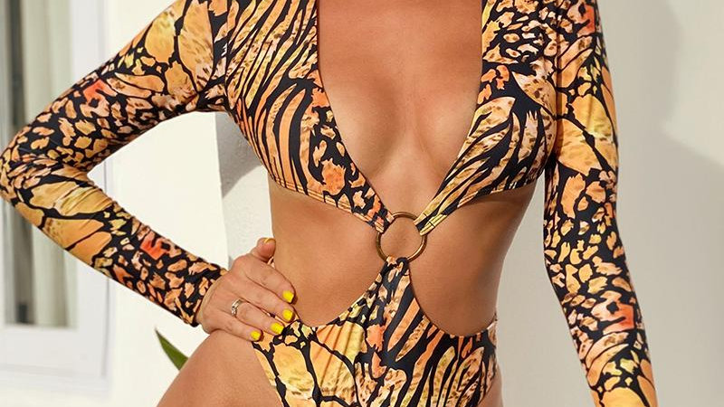 Long Sleeve One Piece Swimsuit Female Summer Extreme Thong Swimwear