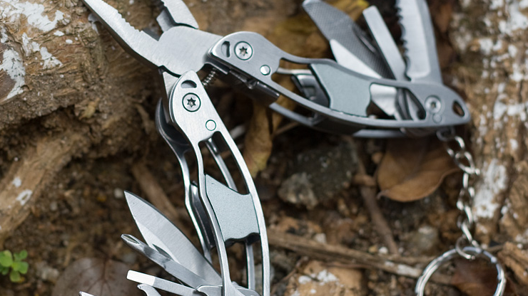 Outdoor Stainless Steel Multifunction Tools