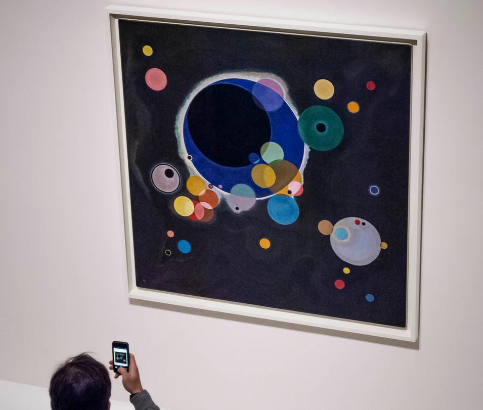 Wassily Kandinsky, Several Circles, Guggenheim