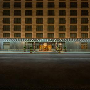 Ein Viertel Jahrhundert Hotelgeschichte am Gendarmenmarkt
