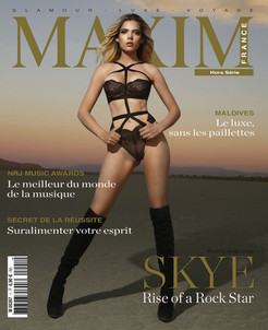 SKY COVER GIRL MAXIM FRANCE BELGIQUE