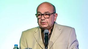 Ahmet Yüce Çek Liyakat Madalyası aldı