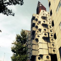 Nakagin Capsule Tower / Kurokawa