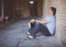 רני יקיר - טיפול בנפגעי תקיפה מינית