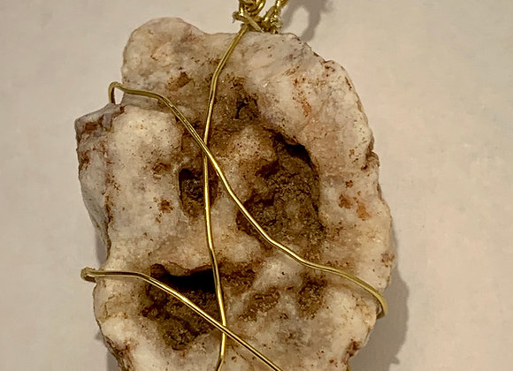 Agate Crystal Neclace