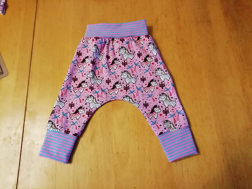 9 to 12 : Gorgeous Harram pants