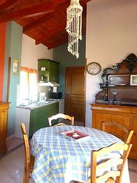rent apartments Almirida