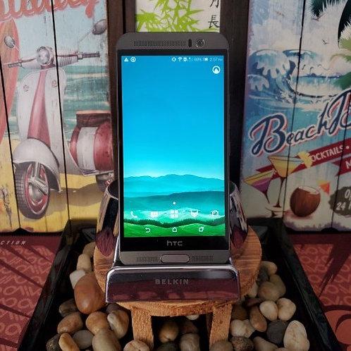 HTC - One M9 PLUS