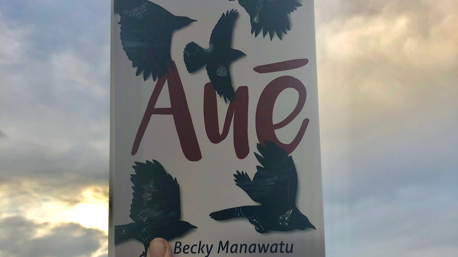 Review: Auē by Becky Manawatu