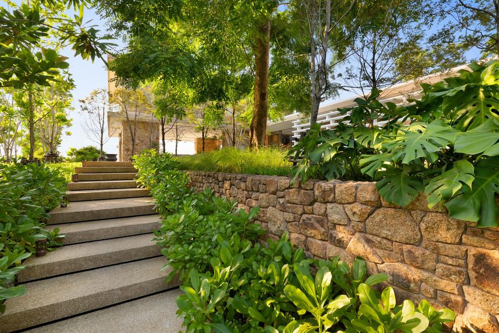 Villa-Baan-Sang-Ko-Samui-Walkway.jpg