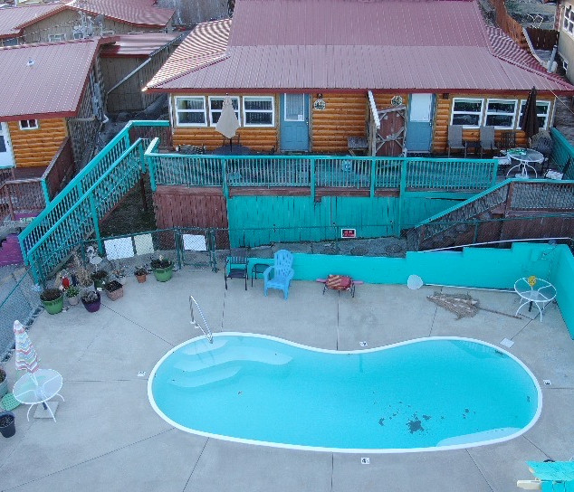 Cabin 11 and 12 by the pool