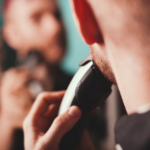 The Lost Boy - BRAUN Beard Trimmer