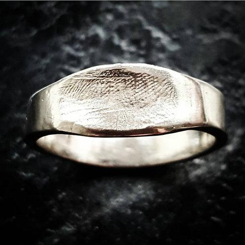 Fingerprint Detail Ring