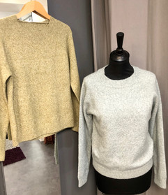 Pull col rond  - 34€