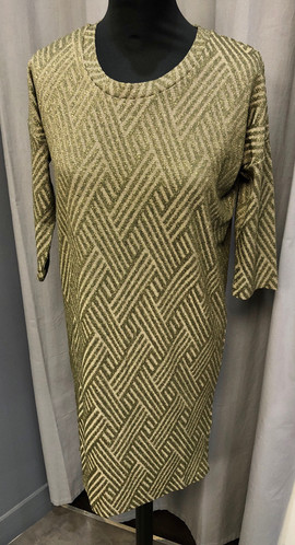 Robe t-shirt pailletée - 74€