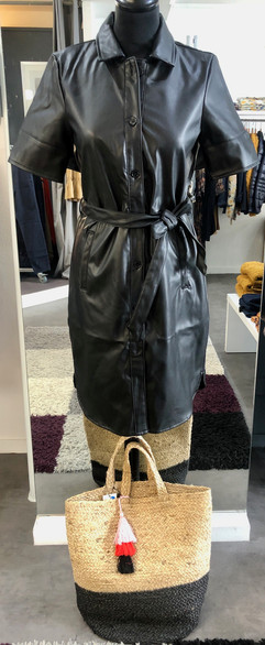 Robe chemise similicuir - 54€