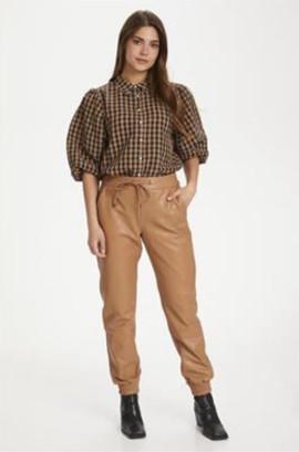 Chemise à carreaux noire et camel - 59€