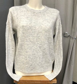 Pull gris - 39€