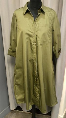 Robe chemise large - 84€
