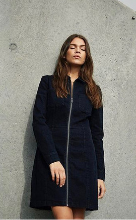 Robe en jean - 59€