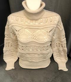 Pull crochet col roulé beige - 54€