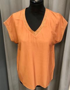 T-shirt - 44€