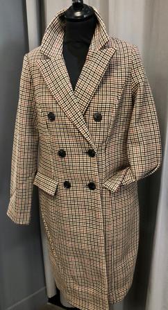 Manteau 33% de laine - 89€