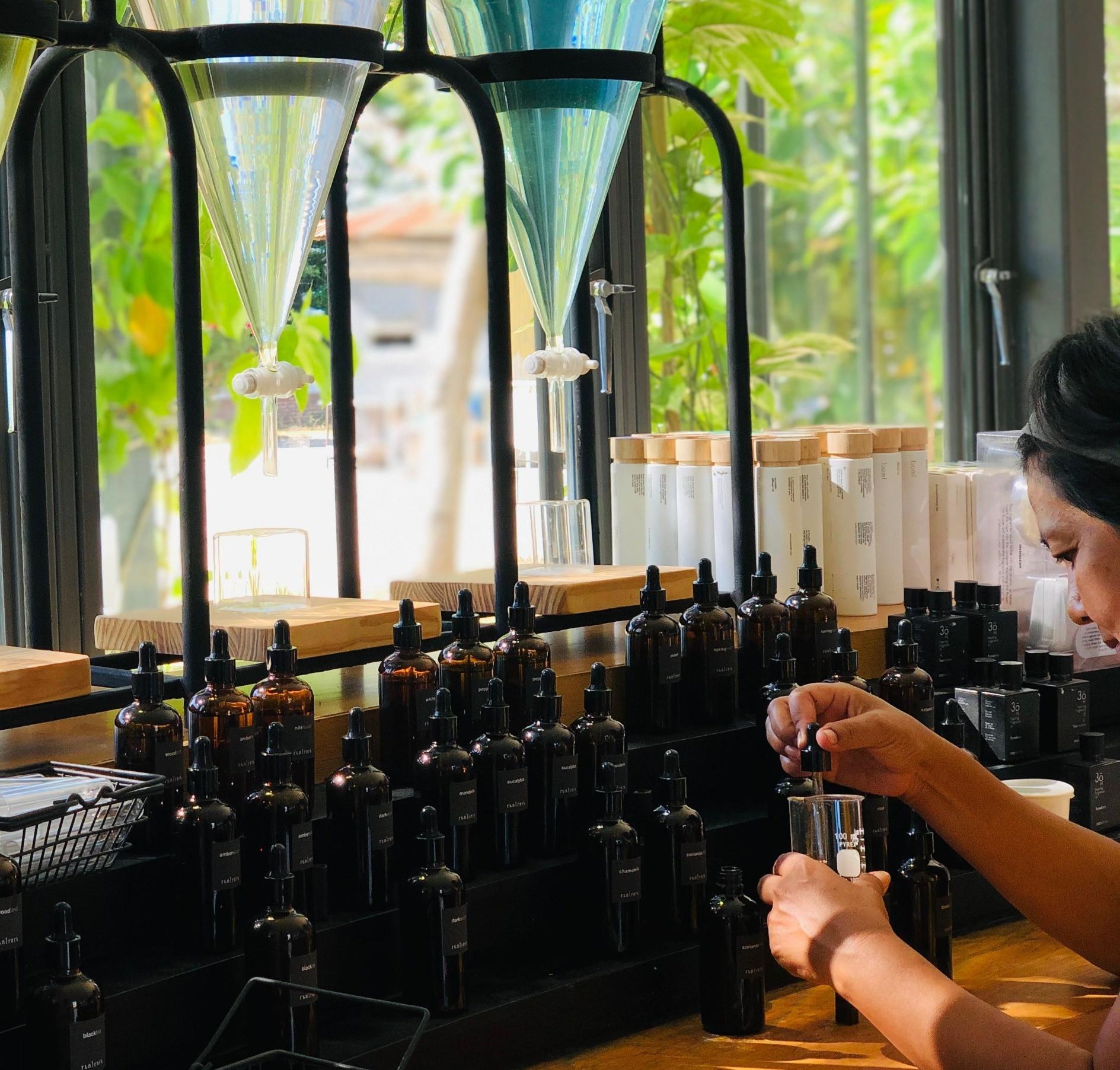 Fragrance Oil Blending