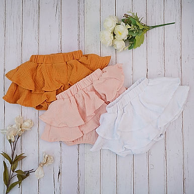 OMG Becky, look at her bloomers - Baby Girl Ruffled Bloomers