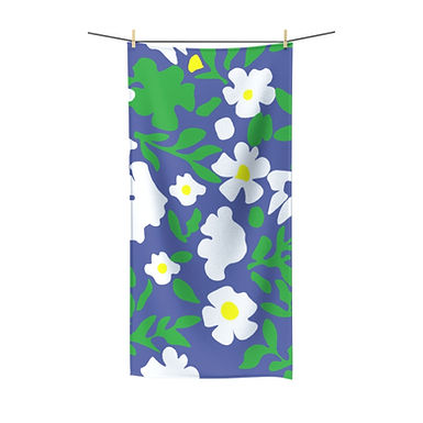 Daisy Duke by A. Talese - Bath Towel
