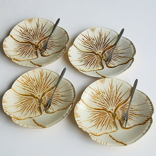 "Pansy CREAM GOLD CANAPE PLATES 6.5"" inches - Set of 4"
