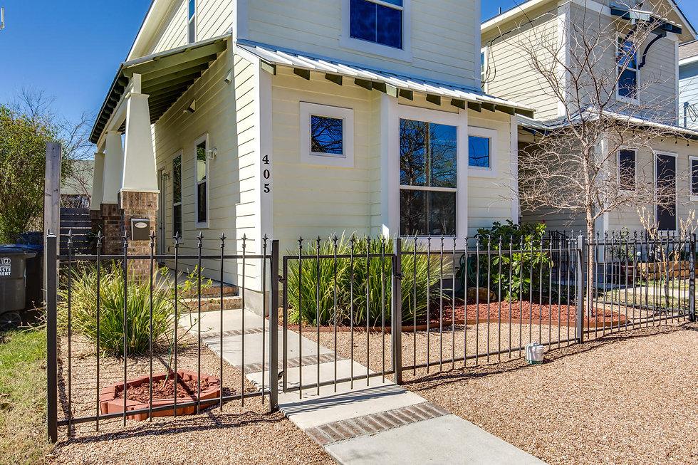405 Kendall San Antonio TX-large-005-3-CraigMacVis 2017 405 Kendall-1500x1000-72dpi.jpg