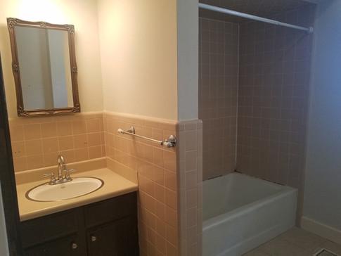Bath 1B.jpg
