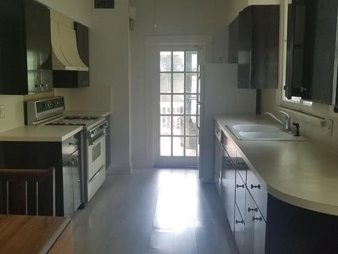 Kitchen 5B.jpg