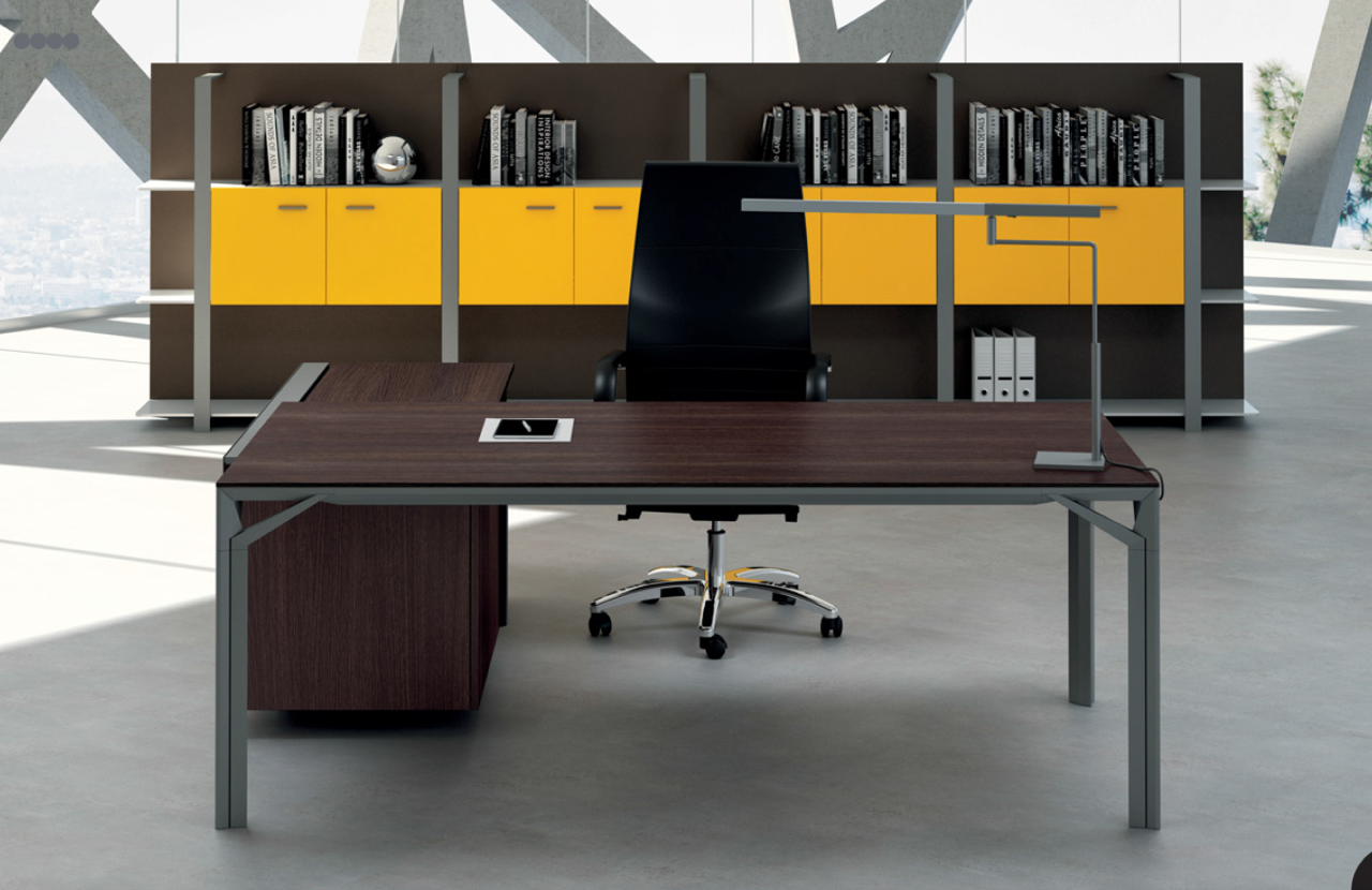 AreaTonic X8 executive desk