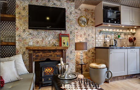 Looking Glass Cottage in Brighton - Holiday Let
