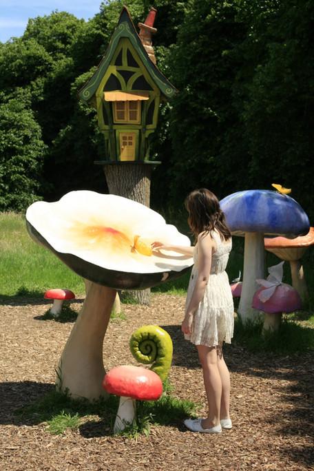 Tim Burton's Alice in Wonderland - Antony House, Torpoint