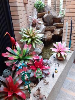 Jardinera Interior con Fuente