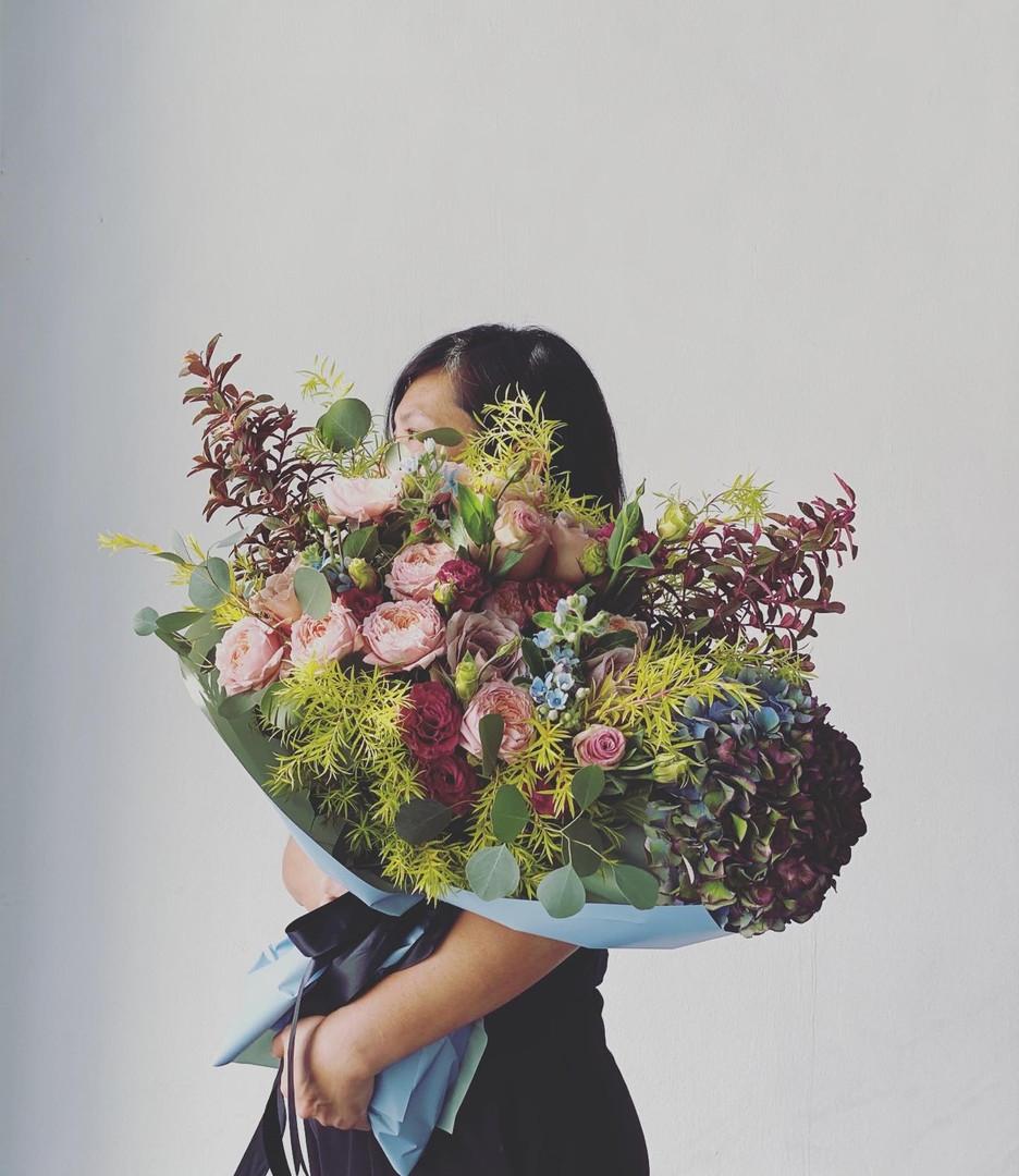 Omakase bespoke with hydrangea (big S bouquet)