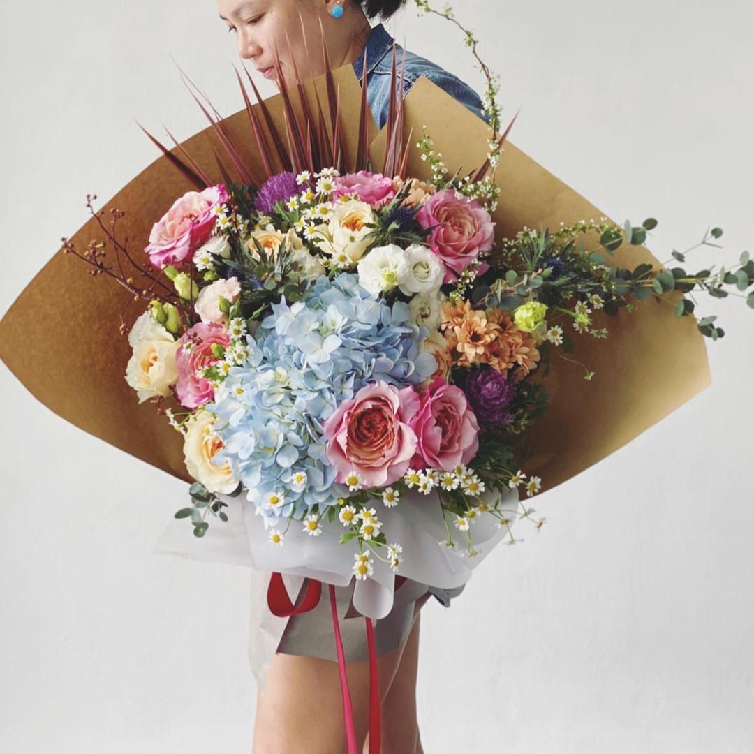 Floral extravaganza with David Austin and wabar mikoto