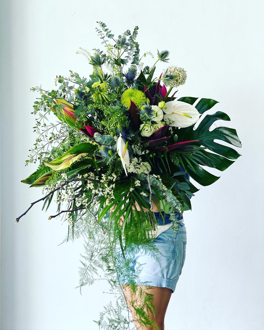 Omakase green bespoke (big S bouquet )