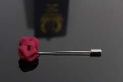GUSH BOWTIE LAPEL PIN