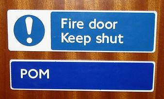 DOOR SAFETY SIGN