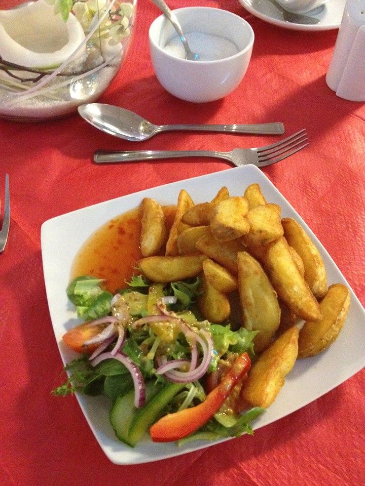Sunday Roast Wedges & Sweet Chilli Dip.jpg
